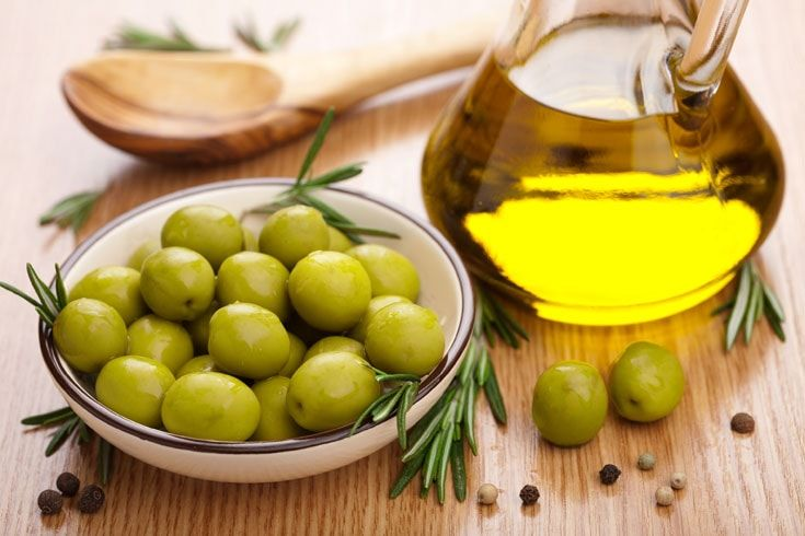 Olio-d'oliva:-un-grasso-benefico-
